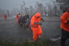 Video bão Vamco càn quét Philippines gây thương vong