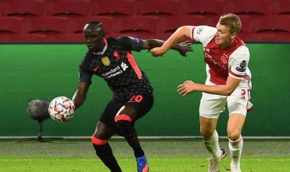 MU tiễn 4 cầu thủ, Liverpool mua gấp 'De Ligt mới'
