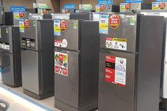 Tủ lạnh đua nhau giảm giá sâu, đợi khách khuân hàng cuối năm