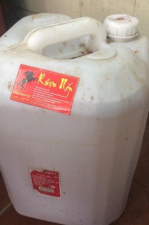Bộ Y tế cảnh báo người dân ngừng mua và sử dụng rượu nếp Đất Lúa