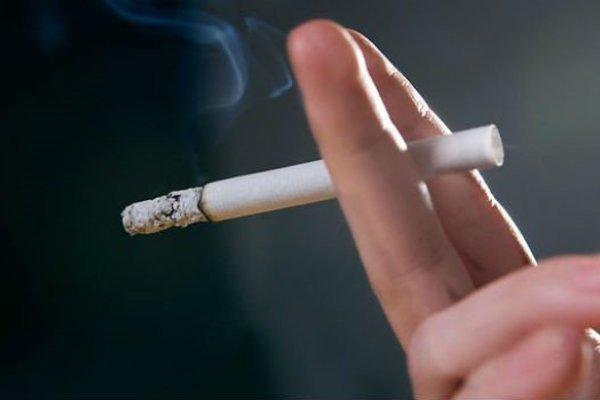 Bán thuốc lá cho người chưa đủ 18 tuổi bị phạt 3-5 triệu đồng