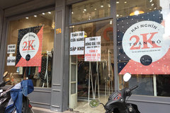 Chưa đến Black Friday đã 'bão giảm giá', quần áo chỉ 2.000 đồng