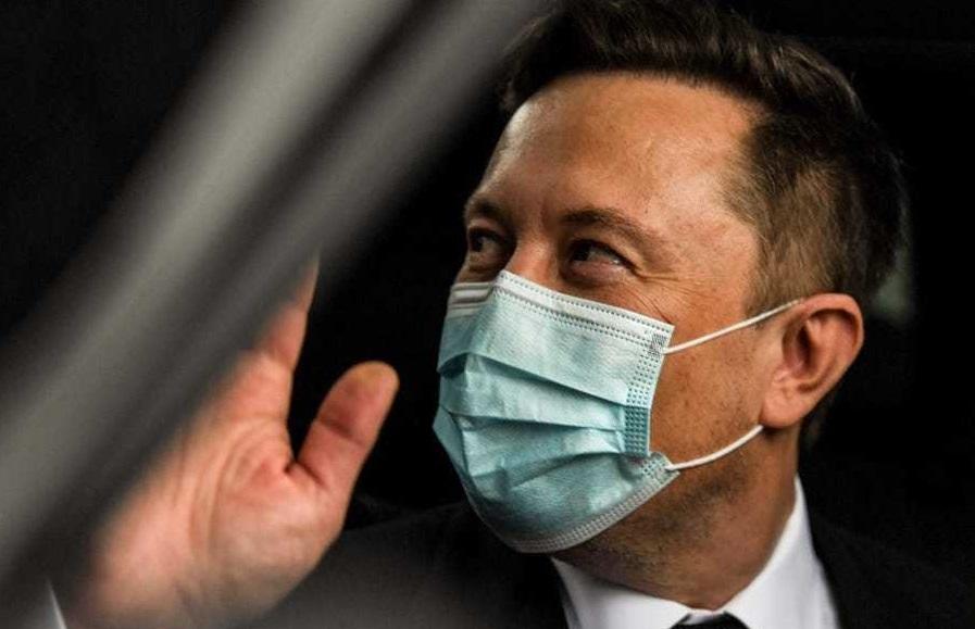 Elon Musk xét nghiệm Covid-19 cho kết quả 2 lần dương tính