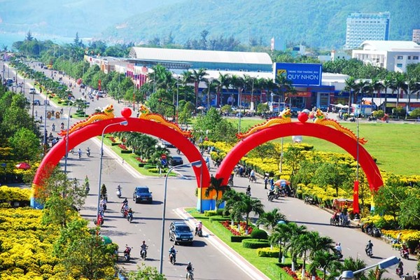 Vững trước nguy biến, Việt Nam 'miền đất mới' cho đại bàng làm tổ