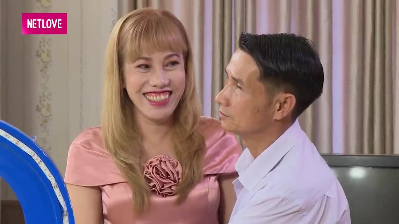 Người phụ nữ bật khóc khi nhắc đến việc chồng cũ ngoại tình