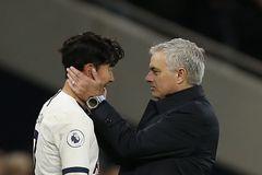 Mourinho điều chuyên cơ, tức tốc đón Son Heung Min vì lo Covid-19