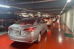"""Xe công nghệ """"hết đường"""" đón khách trong sân bay Tân Sơn Nhất"""