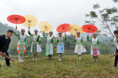 Xây dựng đời sống văn hóa ở cơ sở gắn với xây dựng nông thôn mới