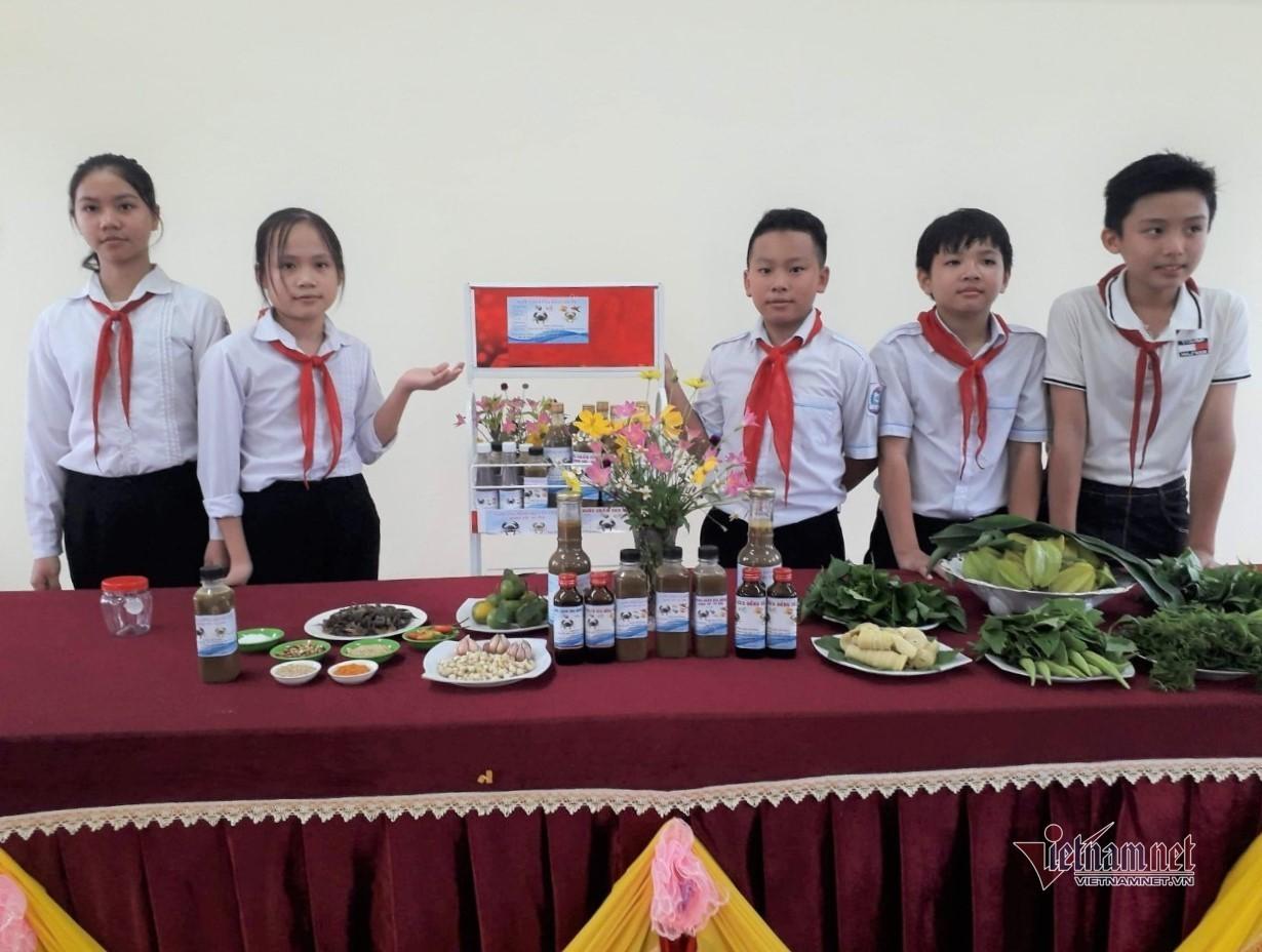 'Nước chấm cua đồng' thành ý tưởng khởi nghiệp của học sinh lớp 8