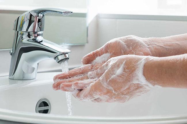 Rửa tay đúng cách là biện pháp hàng đầu ngừa COVID-19