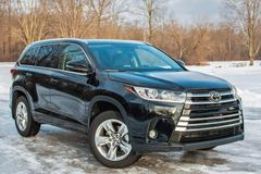 Triệu hồi 5,84 triệu xe Toyota và Lexus trên toàn thế giới vì lỗi bơm nhiên liệu