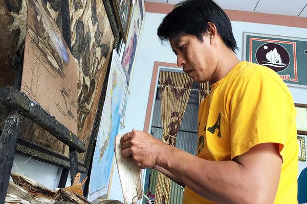 Bẹ chuối xơ xác, quần bò rách bỏ đi... nghệ thuật kiếm tiền triệu mỗi ngày