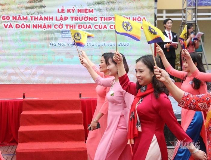 Trường THPT Yên Hòa kỷ niệm 60 năm thành lập