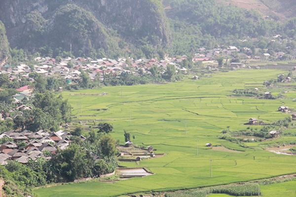 Tông Cọ phấn đấu đạt chuẩn nông thôn mới vào năm 2022