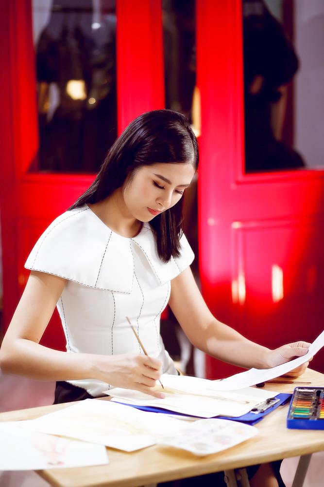 Ngọc Hân mất 2 tháng làm áo dài cho chung kết HHVN 2020