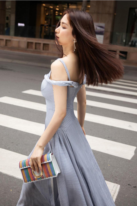 Hòa Minzy tuổi 25, nổi tiếng và sống sung túc nhiều người ao ước