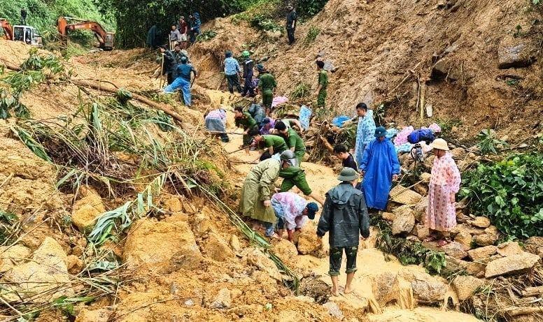 Tìm thấy thi thể nạn nhân vụ sạt lở ở Bắc Trà My cách hiện trường 50m