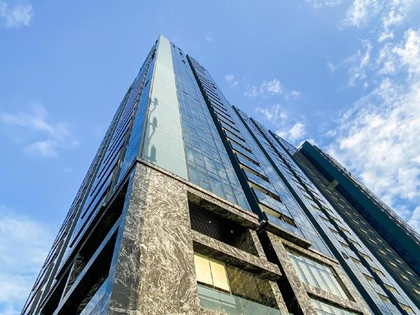 Đèn led 3 triệu USD sáng rực Tòa tháp S1 - Sunshine City Sài Gòn