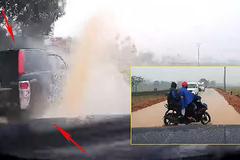 Dân mạng bức xúc hành động bất thường của tài xế xe bán tải