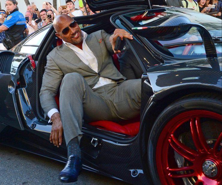 Loạt siêu xe triệu đô đẹp không tỳ vết của người nổi tiếng