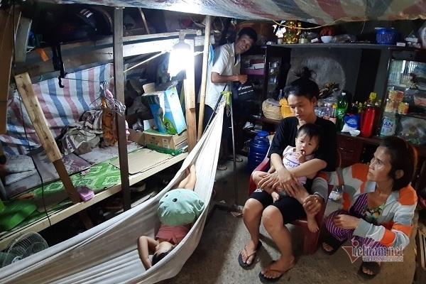 Tiếng kêu cứu tuyệt vọng bên trong 'túp lều rách' giữa lòng Sài Gòn