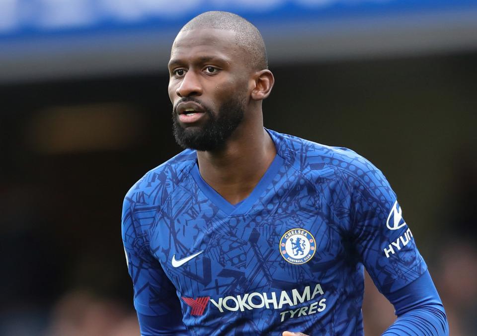 Chelsea tống khứ 5 'ông kễnh' thu về cục tiền