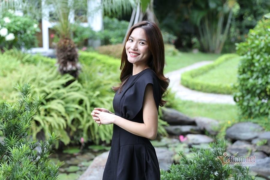 MC Mai Trang VTV: Nhiều người khuyên tôi lấy chồng giàu là xong