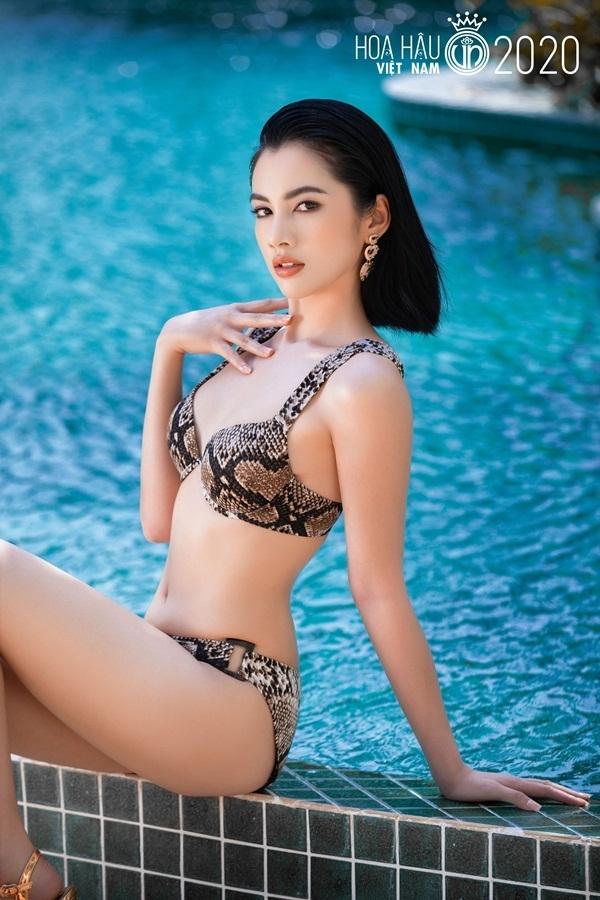 Top 35 Hoa Hậu Việt Nam 2020 diện bikini nóng bỏng trước đêm chung kết