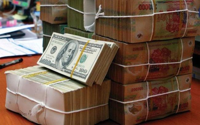 Ngân hàng lãi lớn, doanh nghiệp khó khăn: Vốn rẻ ở đâu