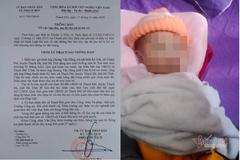 Một gia đình hiếm muộn ở Hà Tĩnh 'nhặt' được bé trai trước cửa nhà