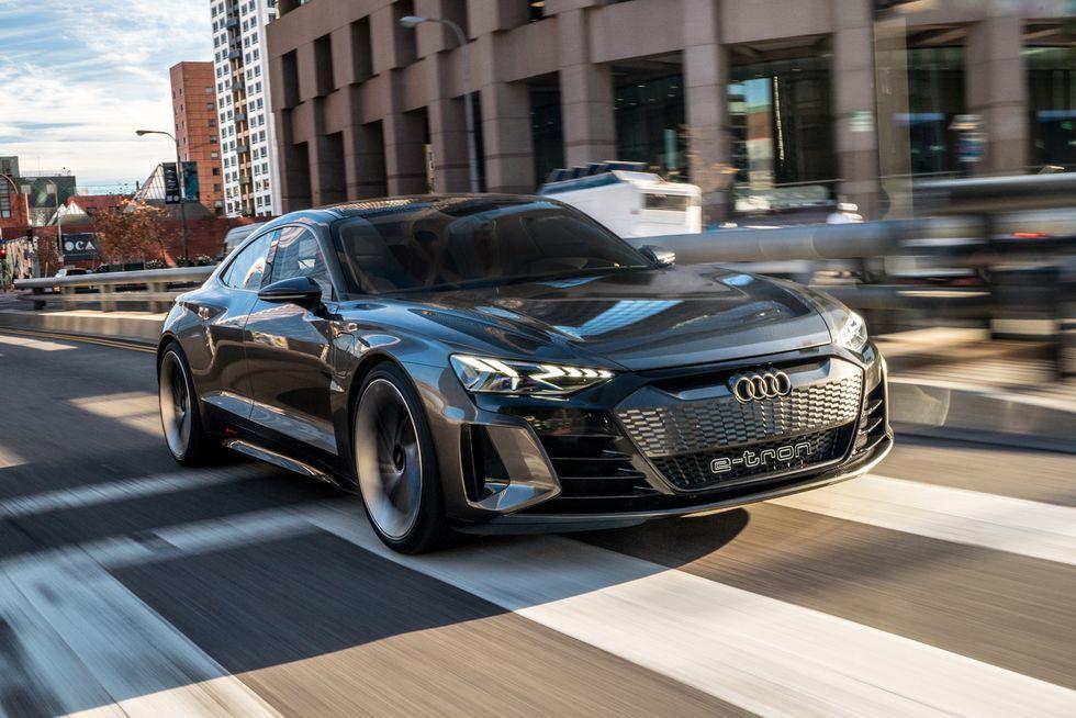 Những mẫu ô tô đời 2021 dự đoán hút khách trong thời gian tới