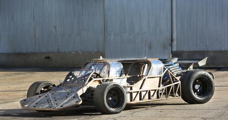 Những chiếc xe kì lạ nhất trong các bộ phim