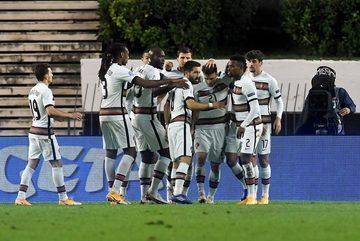 Bồ Đào Nha thắng kịch tính Croatia trận chia tay Nations League