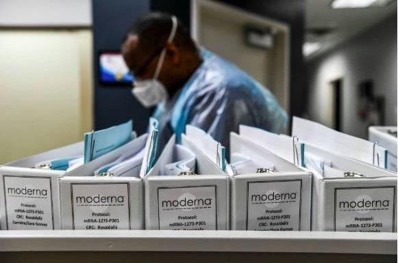 Tín hiệu tốt từ vắc-xin ngừa Covid-19, lây nhiễm nghiêm trọng ở Đức, Pháp
