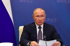 Nga phê chuẩn dự luật giúp ông Putin thành nghị sĩ suốt đời