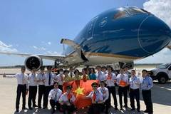 What does the 'rescue' of Vietnam Airlines reveal?
