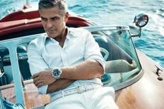 Tài tử George Clooney gọi 14 bạn thân đến nhà tặng mỗi người 24 tỷ