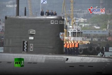 Bên trong tàu ngầm 'hố đen' của Nga