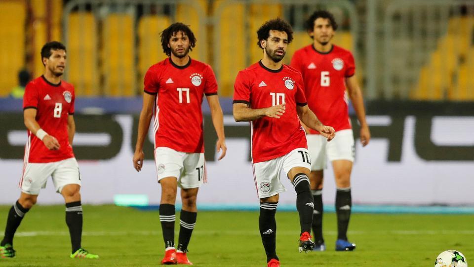Liverpool dính hạn nặng, Salah khiến Klopp đau đầu