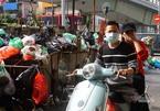 """Công ty môi trường """"om"""" lương công nhân, phố Hà Nội lại ngập ngụa rác"""