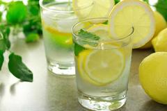Nước chanh chữa ung thư, mạnh hơn hoá trị 10.000 lần?