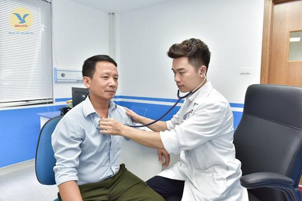 Tình cờ phát hiện ung thư phổi khi khám sức khỏe định kỳ