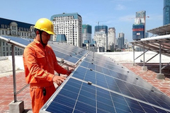 Việt Nam xử lý thế nào với rác thải điện mặt trời?