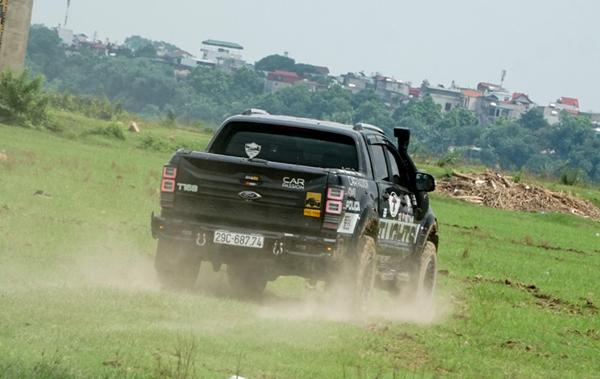 Mê đắm Ford Ranger Wildtrak tiện lợi và mạnh mẽ