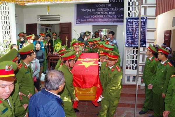 Vụ đại úy công an ở Hà Nam hi sinh: Khởi tố, bắt tạm giam 4 đối tượng