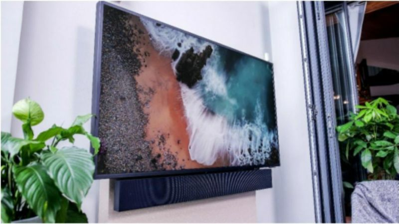 Experience a new experience with dust-resistant outdoor water-resistant TV