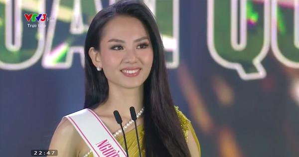 Top 5 Hoa hậu Việt Nam 2020 ứng xử