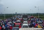 Lý do cầu Thanh Trì, Vĩnh Tuy thường xuyên tắc không lối thoát