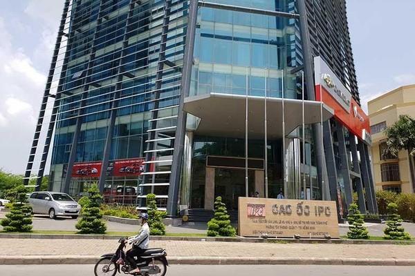 Nguyên phó chánh văn phòng Thành ủy TP.HCM và 12 người bị khởi tố