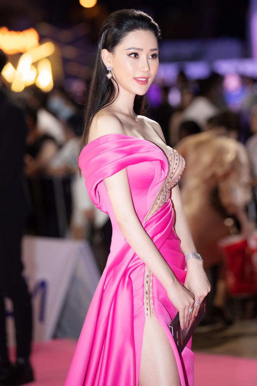 Á hậu Thái Như Ngọc chia sẻ về tân Hoa hậu Đỗ Thị Hà